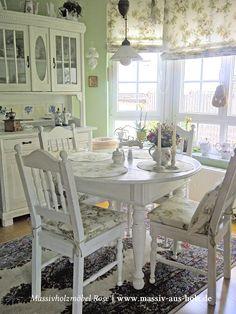 Runder Tisch In Weiß Aus Massiv Holz