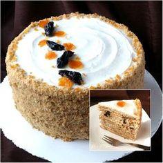 Tortul Medovik, una dintre cele mai populare prajituri in Rusia, a fost pregatit pentru prima data pe la 1800, in timpul domniei tarului Alexandru I. Se spune ca Elisabetei Alexeevna, sotia tarului…