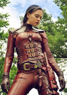 One Mord-Sith all wrapped in leather