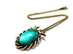 Kette Schwalben Vintage - oval - türkis - Bronze von Schmuckzucker - handgemachter, individueller Schmuck - Ohrringe, Ketten und mehr auf DaWanda.com