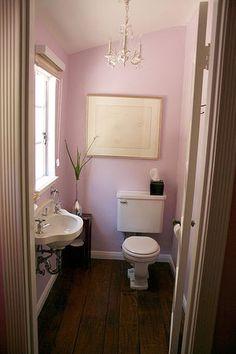 ほの甘いピンクのトイレ