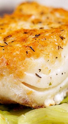 Potato Crusted Halibut (use cod) Cod Fish Recipes, Salmon Recipes, Seafood Recipes, Cooking Recipes, Fish Recipes Gluten Free, Grilled Halibut Recipes, Baked Cod Recipes, Seafood Meals, Fish Dinner