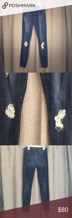 J brand cropped skinny jeans Distressed J brand Cropped skinny in trouble maker size 25 EUC J Brand Jeans Ankle & Cropped