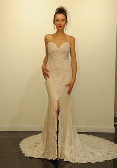 Victor Harper Fall 2016 sweetheart neckline with lace detail gown with dramatic front slit | https://www.theknot.com/content/victor-harper-wedding-dresses-bridal-fashion-week-fall-2016