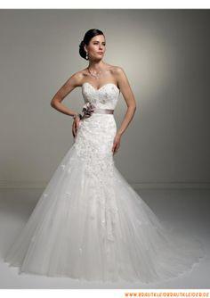 Romantische Brautkleider aus Organza im Meerjungfrauenstil mit langer Schleppe 2013