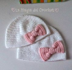 Gorro de bebé a crochet con lacito | Aprender manualidades es facilisimo.com