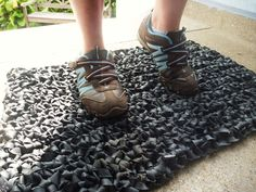 """"""" We always love seeing new ways to reuse bicycle tubes, and this door mat is a great example of how versatile and durable of a material they really are. Michaela shares the project on. Old Bicycle, Bicycle Tires, Old Bikes, Bicycle Decor, Bicycle Art, Bicycle Design, Pimp Your Bike, Bike Craft, Reuse Old Tires"""