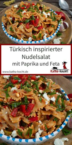 This light and spicy, turkish-inspired, pasta salad with paprika and fruit sauce is . Chef Salad Recipes, Salad Recipes Healthy Lunch, Salad Recipes For Dinner, Chicken Salad Recipes, Vegetarian Recipes Easy, Raw Food Recipes, Vegan Meals, Vegetable Recipes, Salads For A Crowd