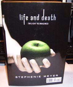 """Stephenie Meyer announced Tuesday that she's written a gender-swapped version of Twilight called Life and Death: Twilight Reimagined. 