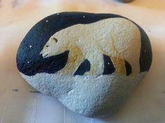bears painted on rocks | Via Elaine Allsopp
