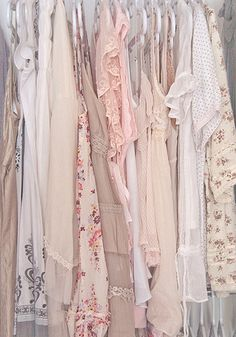 I looove pastel colours (goes great with mori girl style) Vintage Outfits, Vintage Fashion, Vintage Couture, Mori Girl Fashion, A Silent Voice, The Bikini, Hipster, Girly Girl, Cyberpunk