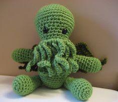 Cthulhu Crochet and Cousins: Cuddly Cthulhu with Free Pattern!