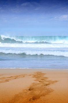 Wenn diese Welle mal nicht zum surfen einlädt :-) Das Paradies zum Kite- und Wellensurfen: #Fuerteventura  #bucherreisen