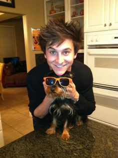 mitchel musso..too cutee! remember when everybody liked him? i never stopped...