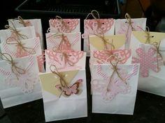 DIY Favor Bags. Baptism for girl