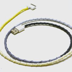 Here's an easy DIY to spruce up an old, maybe even dirty, charger cord. I've purchased different color twine from my local craft store, and tied it around the cord in a decorative way to create a. Hemp Jewelry, Hemp Bracelets, Friendship Bracelets, Diy Jewelry, Hemp Crafts, Diy Crafts, Craft Tutorials, Diy Projects, Craft Ideas