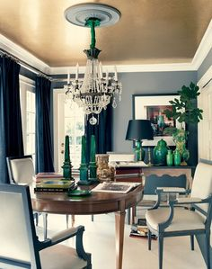 MHD likes the ceiling color and loves the green pottery fr 20 Breathtakingly Georgeous Ceiling Paint Colors and One That Isn't - laurel home