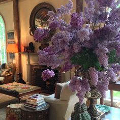 Lilac bouquet at Bunny Williams' barn (on Trade Secrets tour), via photo by abcddesigns