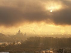 In 2012, Elena Barantseva captured mist shrouding the view of the Nikolo-Perervinski monastery with Cathedral of Our Lady of Iver