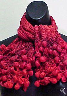 Julie Artisans Gallery of Wearable Art and Art to Wear art-to-wear
