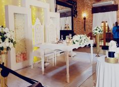 Event Planning, Divider, Table Decorations, How To Plan, Room, Furniture, Home Decor, Bedroom, Decoration Home