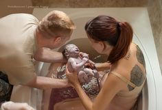 """Award-winning photographer and mother of four <a href=""""http://go.redirectingat.com?id=74679X1524629"""