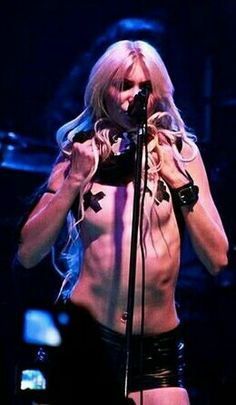https://www.youtube.com/channel/UCet0ZzTzDPR-A21qyImZzWw Taylor Momsen ✾ of The Pretty Reckless