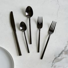 West Elm offers modern furniture and home decor featuring inspiring designs and colors. Create a stylish space with home accessories from West Elm. West Elm, Passion Fruit Cake, Black Cutlery, Flatware Set, Kitchen Decor, Kitchen Ideas, Kitchen Stuff, Loft Kitchen, Kitchen Products