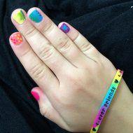 Rainbow Fingernails Nail Art