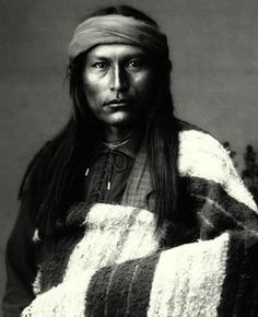 Naichez is a Chiricahua Apache...............wears hair long but with the band around the forehead.