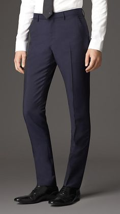 Nurse Discover Slim Fit Wool Mohair Trousers in Royal Navy - Men Formal Trousers For Men, Men Trousers, Dress Trousers, Slim Fit Trousers, Stylish Men, Men Casual, Suit Fashion, Mens Fashion, Look Formal