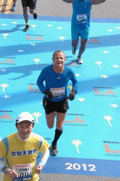 Musician Flea of the Red Hot Chili Peppers completed his second LA Marathon in 2012 in a time of 3:41:49
