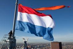 Dutch flag with an orange pennant / Nederlandse vlag met oranje wimpel