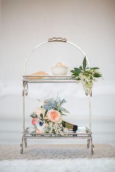 Photography: Sandra Marusic - www.sandramarusic.ch  Read More: http://www.stylemepretty.com/2014/05/19/peach-gold-luxury-wedding-inspiration/