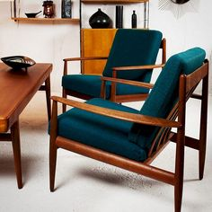 MID Century Living Room Furniture & Decor Ideas - Page 8 of 60 Mid Century Modern Living Room, Mid Century Modern Furniture, Modern Room, Modern Chairs, Retro Chairs, Danish Living Room, Midcentury Modern, Modern Lounge, Vintage Chairs