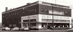Velvet Freeze - Linwood and Gillham Kansas City Downtown, Union Hill, Top 10 Destinations, Kansas City Missouri, Urban Architecture, Urban Life, City Buildings, City Streets, Great Places