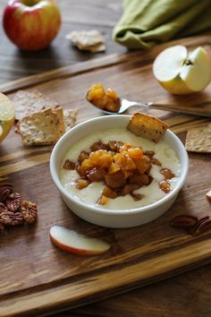 Baked Brie with Maple-Spiced Apples #appetizer #fall #cheese