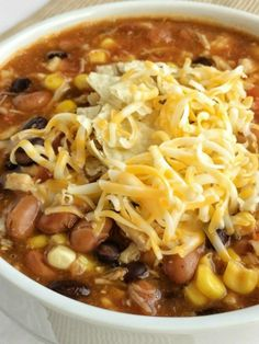 Dinner does not get any easier than this 7 can chicken taco soup! Dump 7 cans into a pot plus some seasonings and that's it! Serve with tortilla chips, cheese, and sour cream. You won't believe how yummy & easy it is. Easy Taco Soup, Chicken Taco Soup, Canned Chicken, Easy Soup Recipes, Chicken Tacos, Easy Dinner Recipes, Delicious Recipes, Dinner Ideas, Hamburger Soup