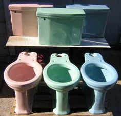 What's the Age of Your House? Start by Looking in the Toilet 1950s Bathroom, Mid Century Bathroom, Bathrooms, Bathroom Ideas, Colored Toilets, Art Nouveau, Mid Century Ranch, Retro Color, Retro Home
