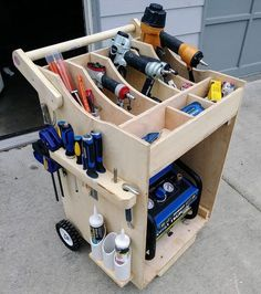 """Woodworking Is Awesome💥 on Instagram: """"Building a Nice #toolbox ======================= 👉Check The Link in BIO 👉@woodworking.is.awesome ======================= Projects with…"""" Diy 工具, Garage Tools, Garage Shop, Tool Shop, Garage Organization, Tool Drawers, Workshop Storage, Tool Storage, Garage Storage"""