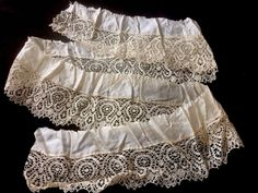 Antique Cantu Lace Ruffle Salvage Fragment Cutter Doll Costume Design #A