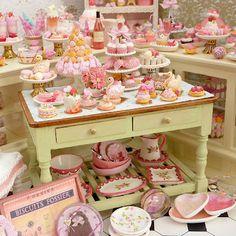 Paris Miniatures: Pink Collection 2012