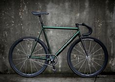 Gorgeous Icelandic Green Cannondale Track