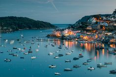 Salcombe Harbour on the south coast of Devon England ( Devon and Cornwall Photography/Getty Images) Devon England, Oxford England, Cornwall England, Yorkshire England, Yorkshire Dales, London England, Seaside Holidays, Uk Holidays, Seaside Resort