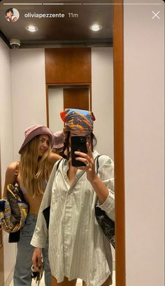 Foto Best Friend, Mode Outfits, Fashion Outfits, Fashion Tips, Mode Ootd, Look Girl, Mode Streetwear, Summer Aesthetic, Friend Photos
