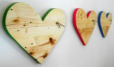 Heart clocks in bright colours - jasper and george Wood Pallets, Pallet Wood, Pallet Creations, Wooden Clock, Wooden Hearts, Bamboo Cutting Board, Clocks, Jasper, Recycling
