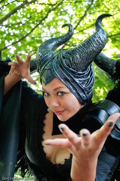 #Maleficent headdress at #dragoncon, shot by @dimhorizon of Vida Serrano