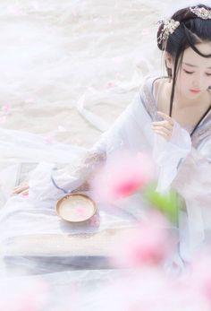 《Sansheng Sanshi Shi Li Tao Hua》 #TamSinhTamThếThậpLýĐàoHoa ★ Bạch Thiển 白浅 (Tố Tố 素素) cn Tiểu Nhu 小柔SeeU Bai Qian (Su Su) cn Xiao Rou SeeU