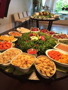 Pin by ghada elsayed on happiess in 2019 food, food presentation, arabian f Party Food Buffet, Party Food Platters, Party Food And Drinks, Breakfast Catering, Breakfast Platter, Christmas Buffet, Holiday Dinner, Food Design, Food Presentation