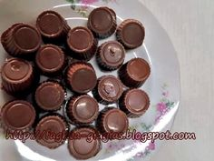 Chocolate Candy Cake, Food Network Recipes, Cooking Recipes, The Kitchen Food Network, Types Of Cakes, Diy And Crafts, Ice Cream, Sweets, Cookies